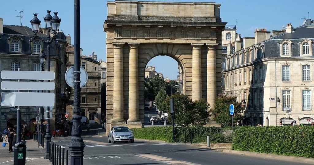 Бургундские ворота в Бордо