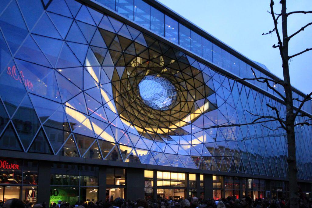 """Торговый центр """"My Zeil"""" в Франкфурте"""