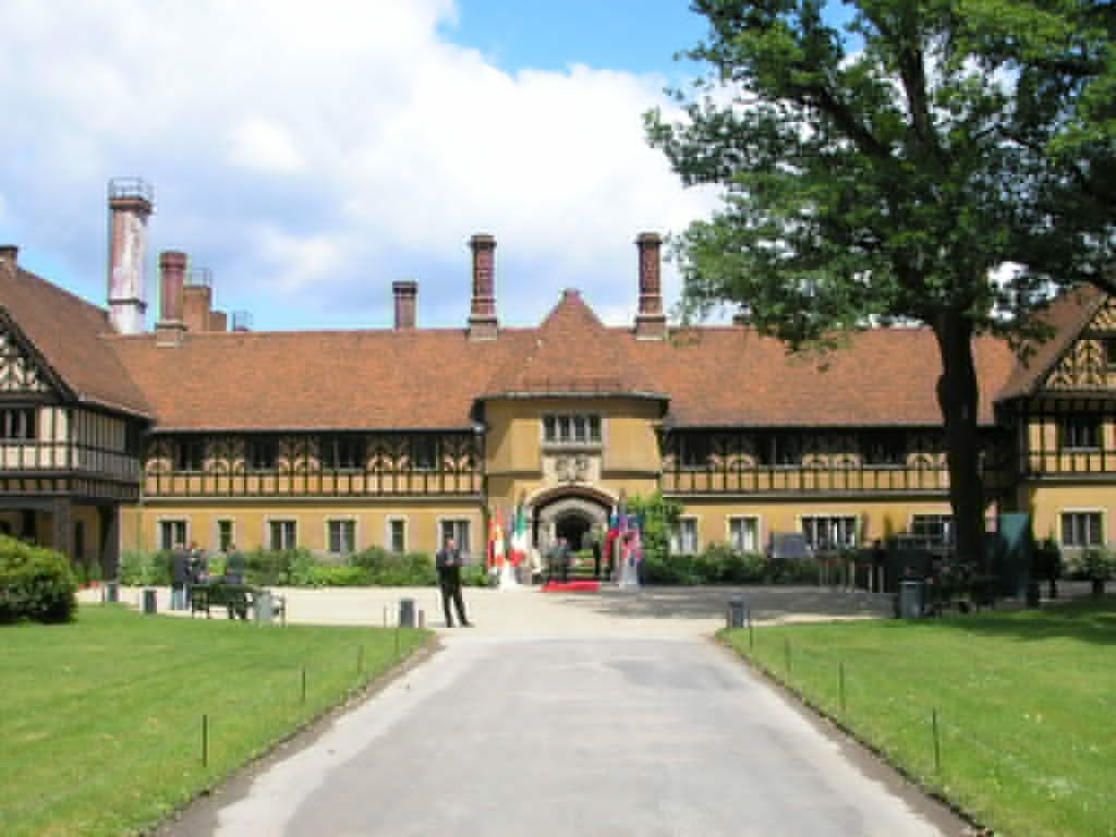 Дворец Цецилиенхоф, Потсдам