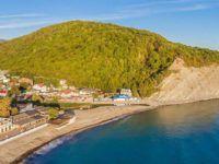 Архипо-Осиповка – море, пляж, античные руины и память о русской доблести