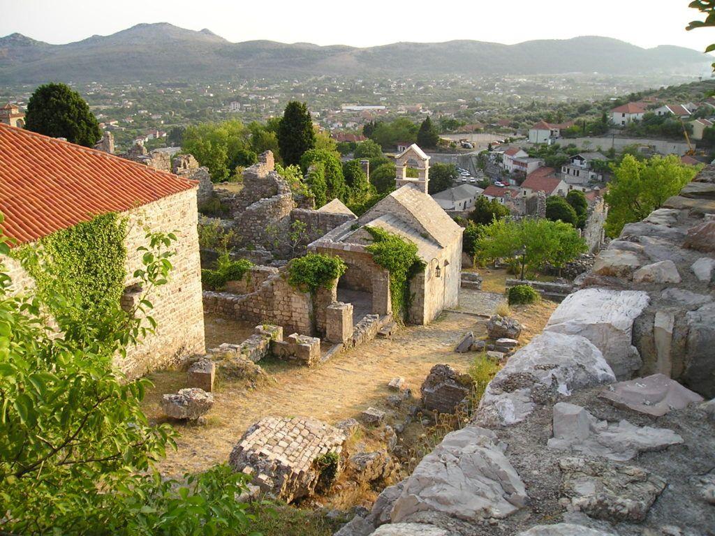 Историческая часть Бара в Черногории