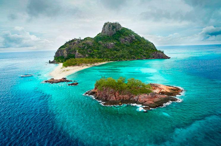 Монурики - один из необитаемых островов Фиджи