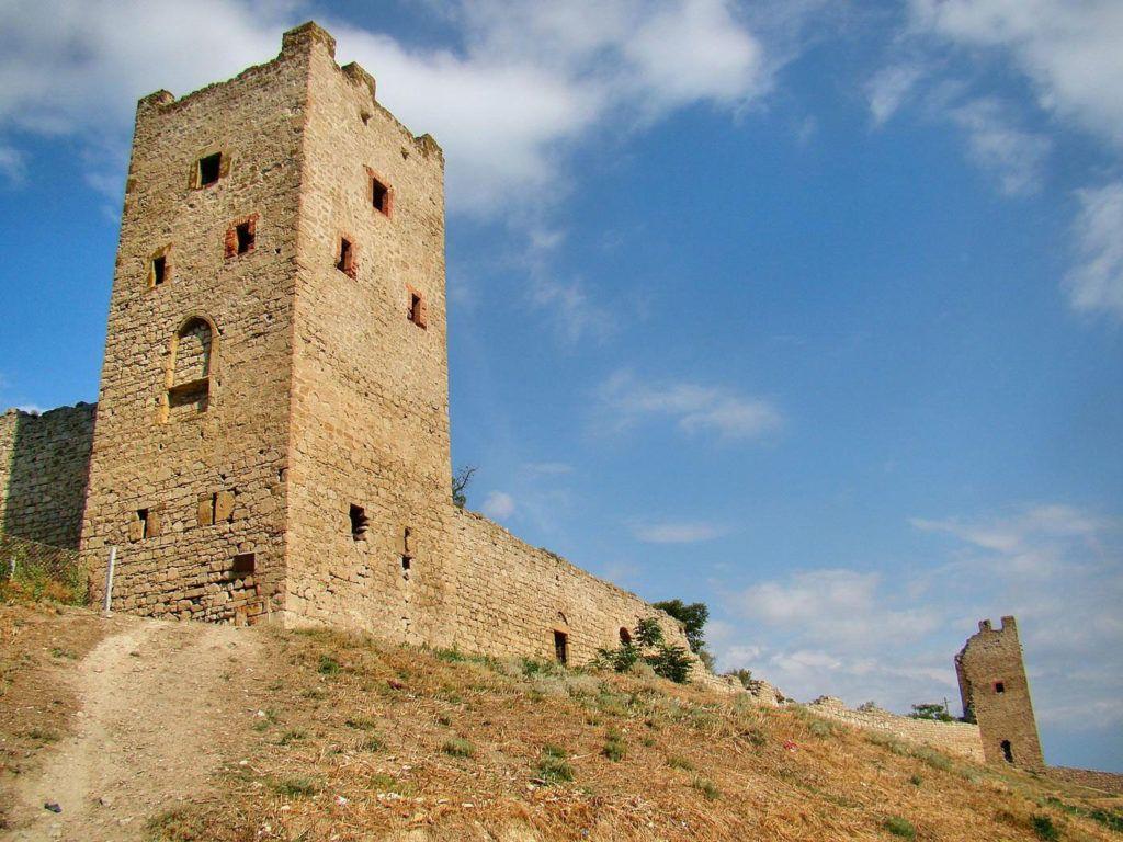 Генуэзская крепость Каффа Феодосии