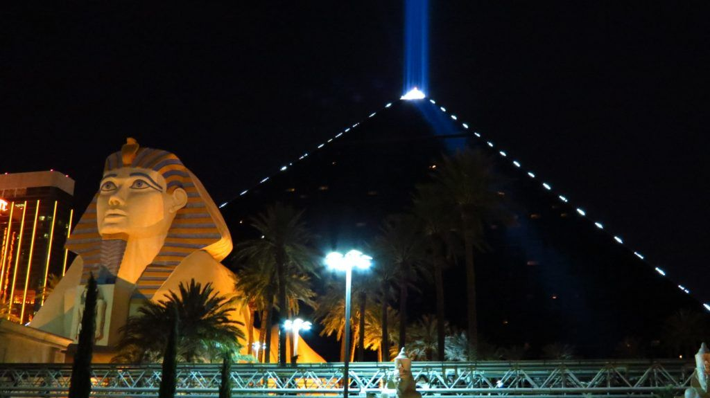 Отель Luxor Resort & Casino в Лас-Вегасе