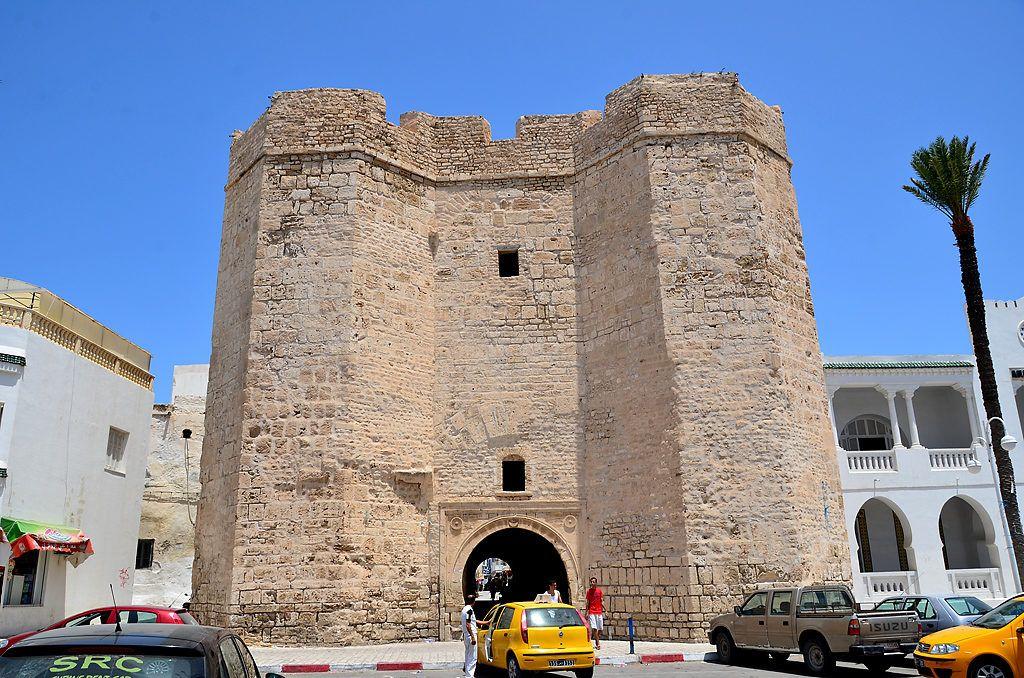 Черные ворота, Махдия, Тунис