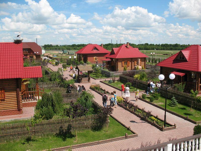 Этнографический культурно-развлекательный комплекс «Белорусская деревня» близ Могилёва