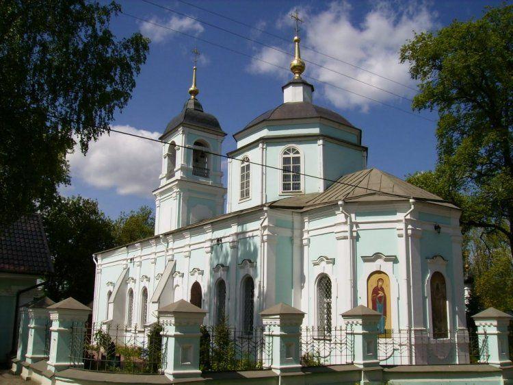 Церковь Казанской иконы Божьей матери в Дмитрове