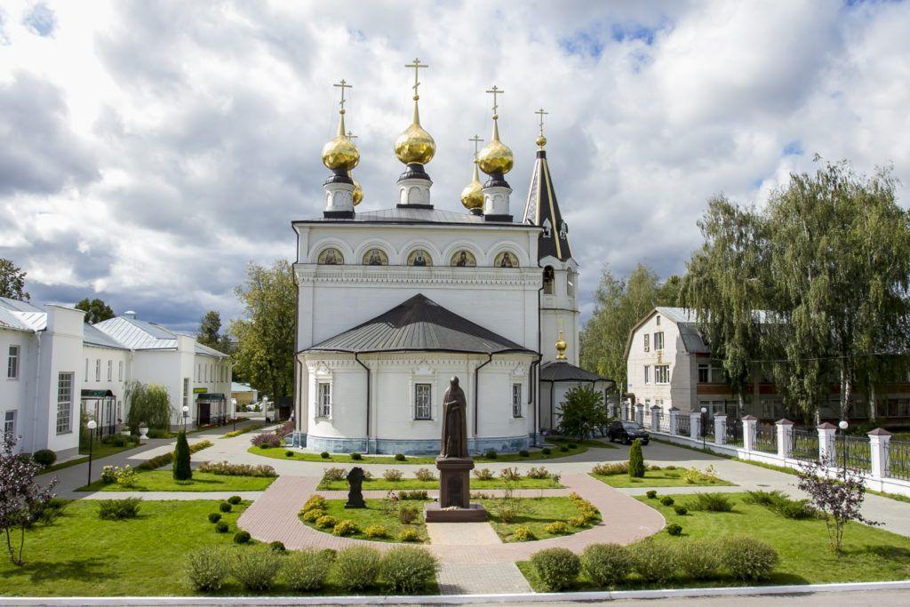 Федоровский мужской монастырь