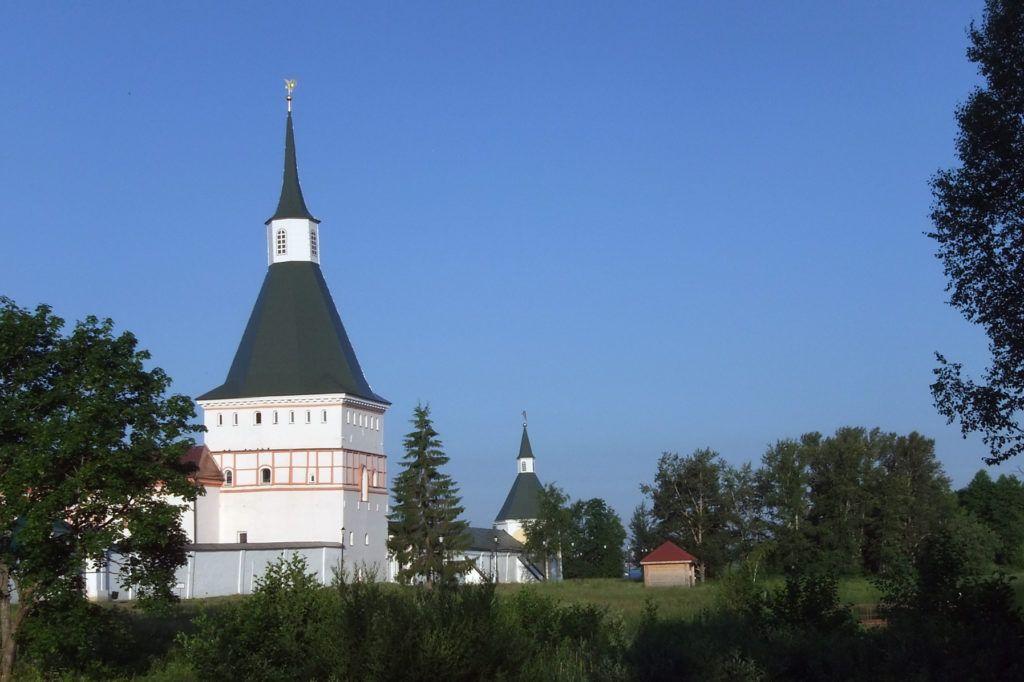 Никоновская башня в Валдае