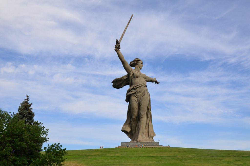 """Монумент """"Родина-мать зовёт"""" в Волгограде, Мамаев курган"""