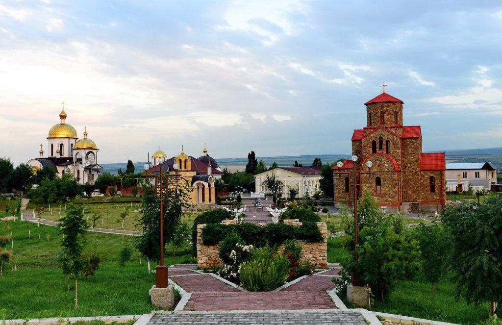 Храмовый комплекс Петра и Павла в Ессентуках