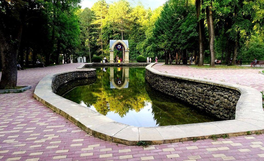 Зеркальный пруд в Кисловодске