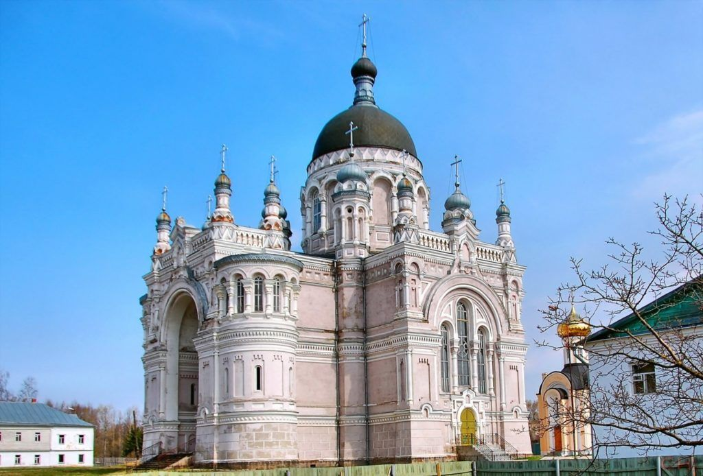 Казанский женский монастырь в г. Вышний Волочек