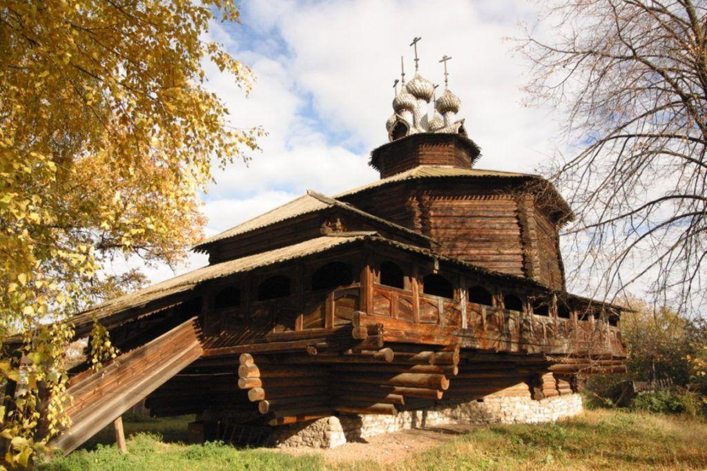 Музей деревянного зодчества близ Костромы
