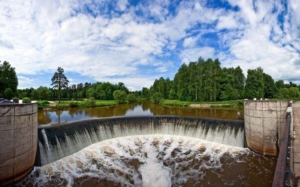 Первая сельская ГЭС в Яропольце