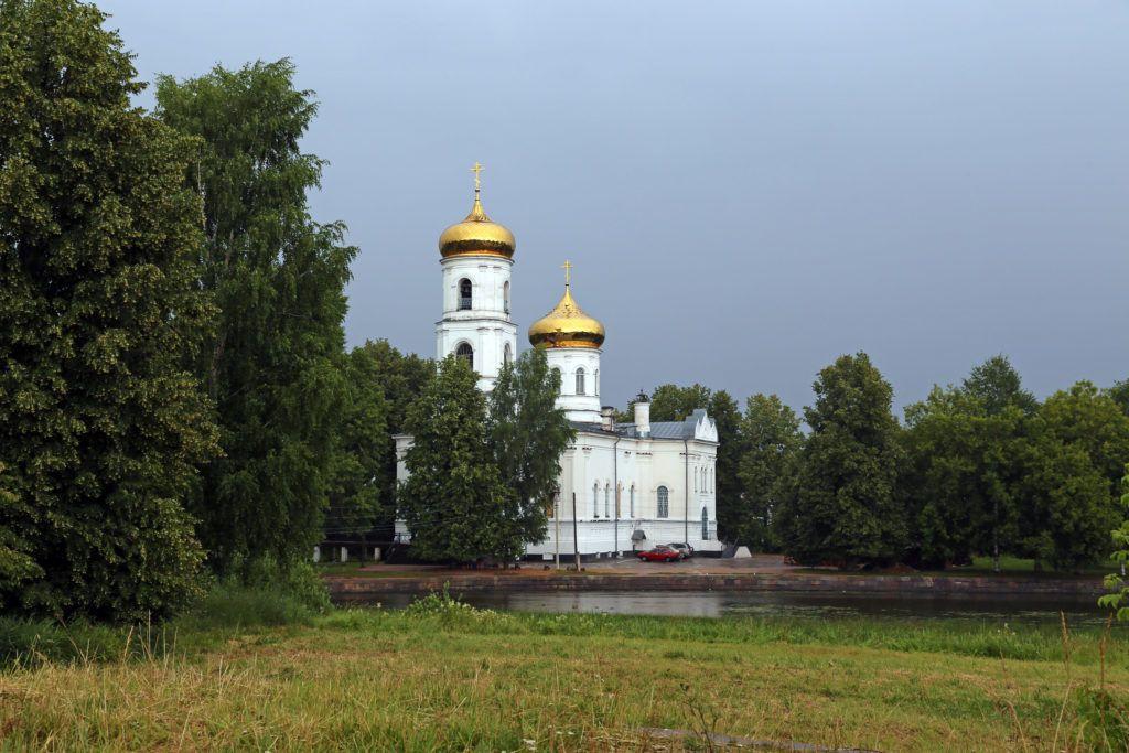 Богоявленский собор в Вышннем Волочке