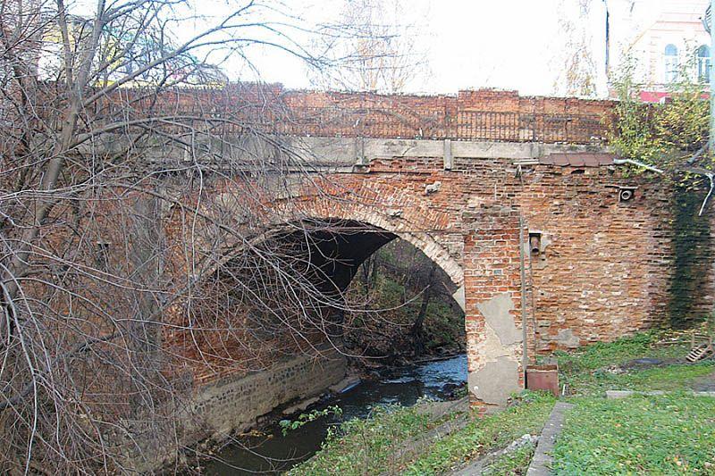 Каменный мост в Вологде
