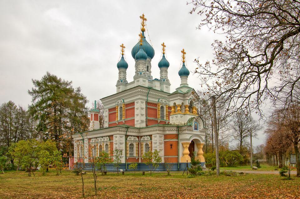 Церковь Покрова Пресвятой Богородицы в Гатчине