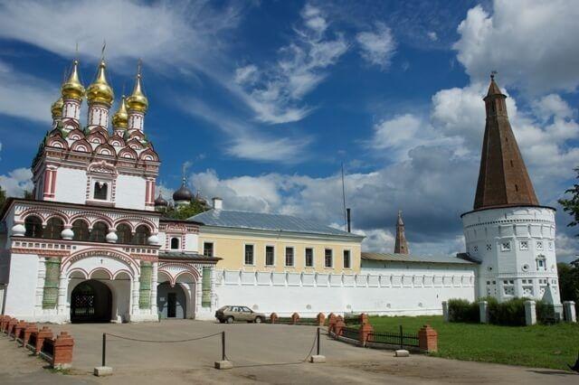 Иосифо-Волоцкий мужской монастырь близ Волоколамска