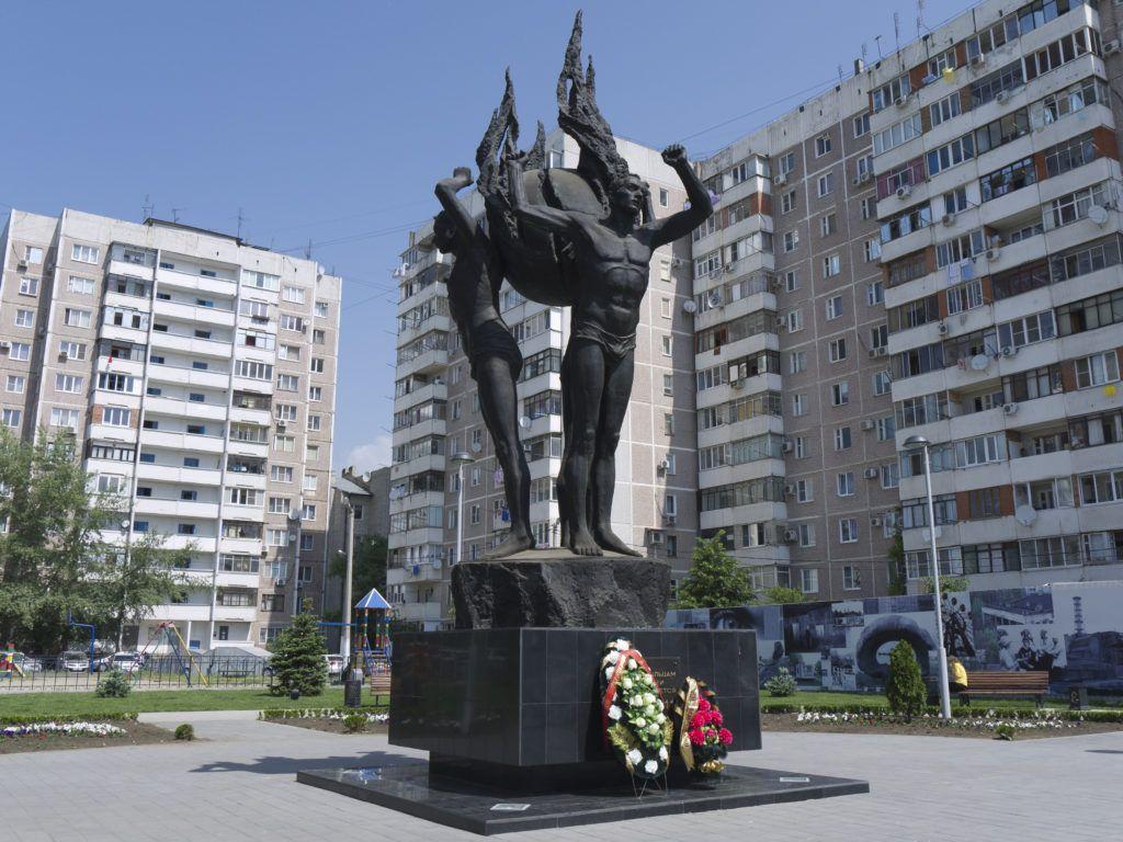 Монумент ликвидаторам аварии на Чернобыльской АЭС в Краснодаре