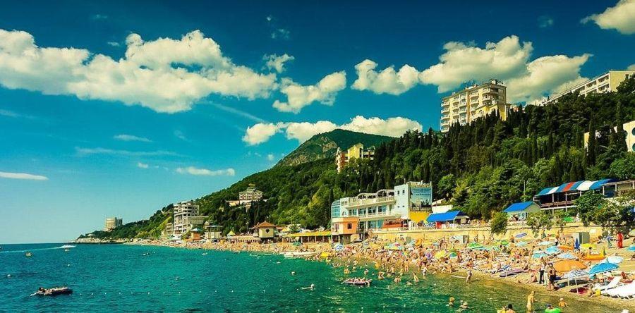 Современный крымский город-курорт – Алушта