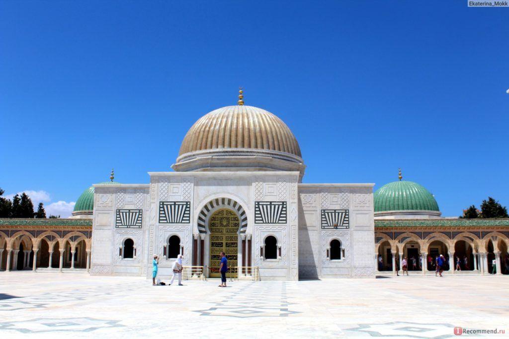 Мавзолей и мечеть Хабиба Бургибы в Монастире