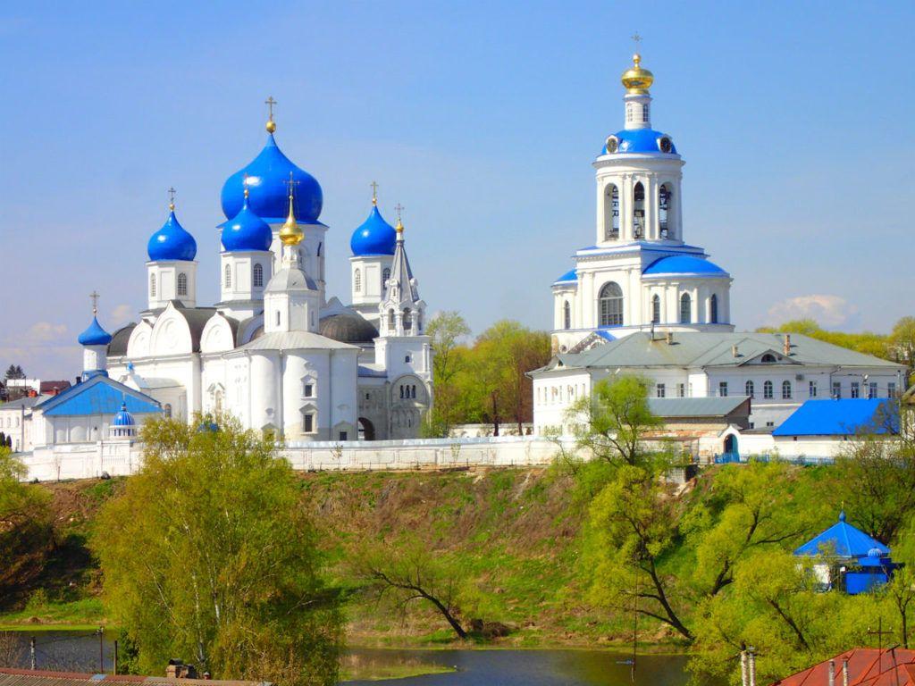 Свято-Боголюбский монастырь в селе Боголюбово, близ Владимира