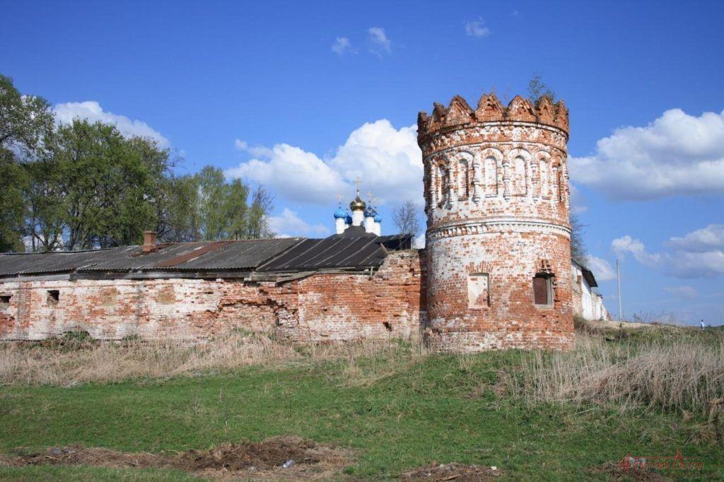 Свято-Лукианов монастырь близ Александрова