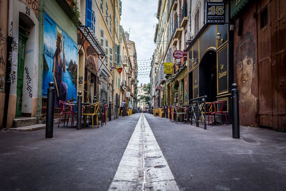 Улица Кур-Жюльен в Марселе