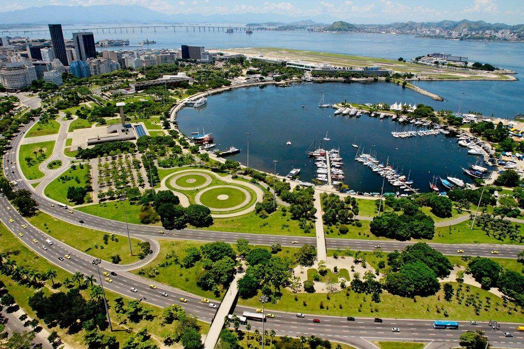 "Парк ""Фламенго"" в Рио-де-Жанейро"
