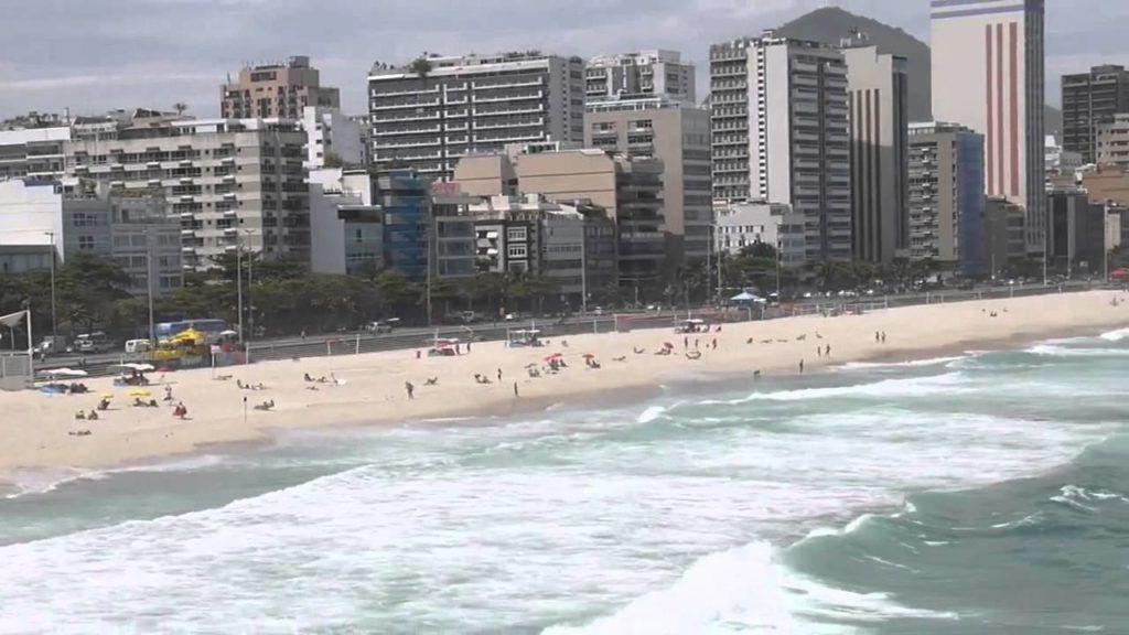 Бразилия, Рио Де Жанейро, Пляж Леблон