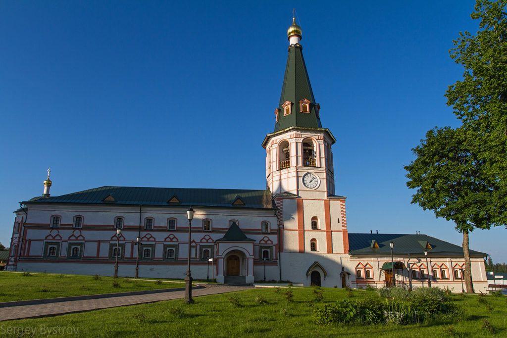 Колокольня Иверского монастыря, Валдай
