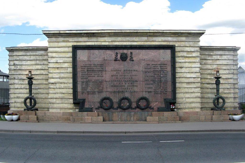 Памятник героям-ижорцам в Колпино