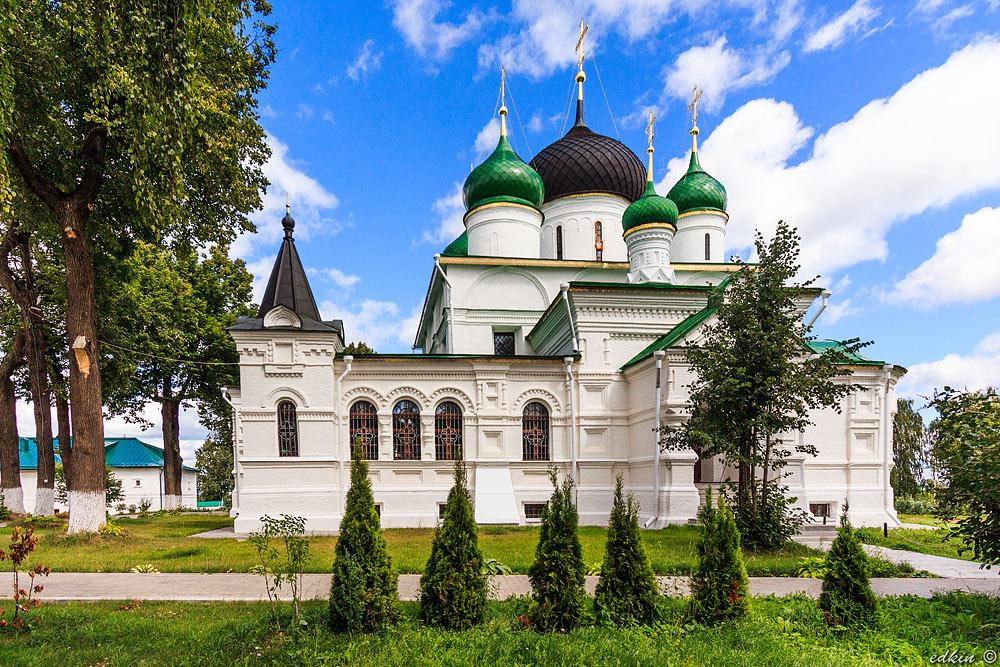 Феодоровский монастырь в Переславль-Залесском