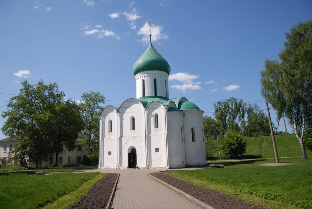 Спасо-Преображенский собор на территории Переславского Кремля