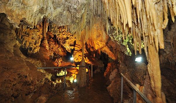 Турция, Пещера Зейтан-Таш