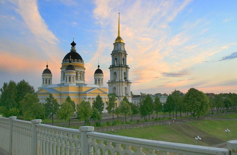 Кафедральный Спасо-Преображенский собор в Рыбинске