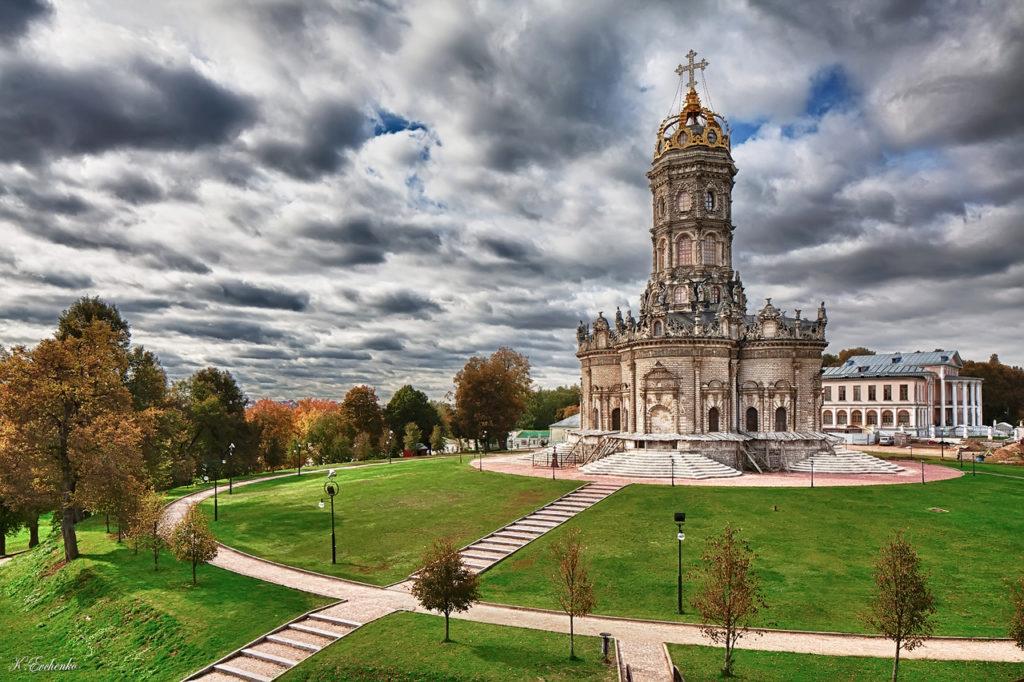 Знаменска церковь в Дубровицах близ Подольска