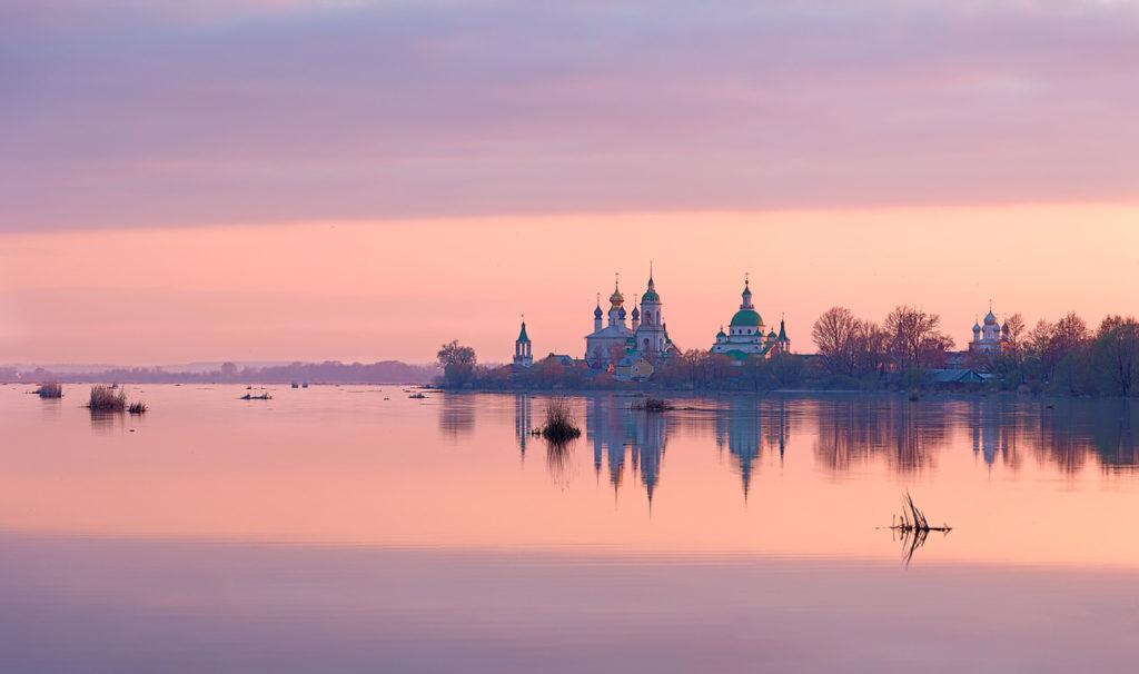 Озеро Неро в Ростове Великом