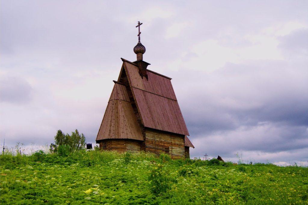 Воскресенская церковь в Плёсе