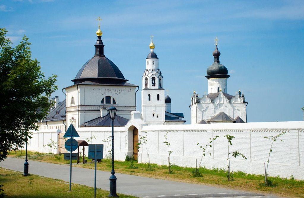 Богородице-Успенский мужской монастырь в Свияжске