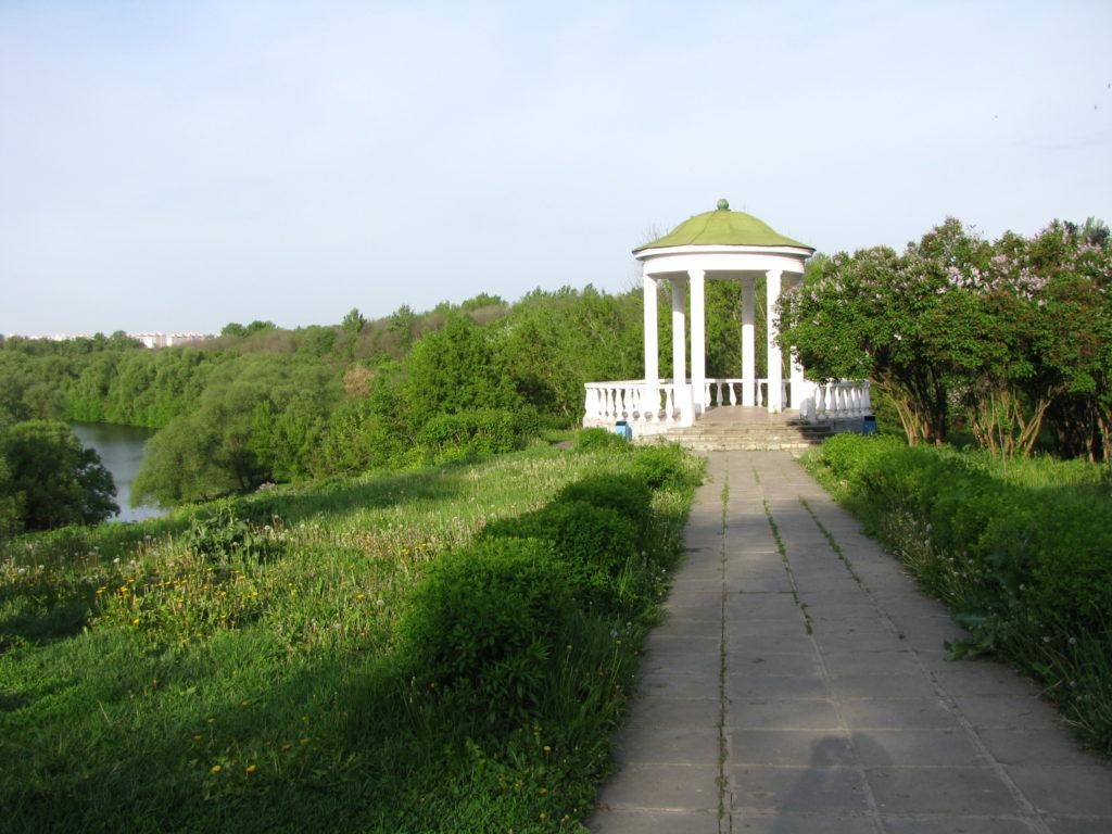 Сквер «Дворянское гнездо» в Орле