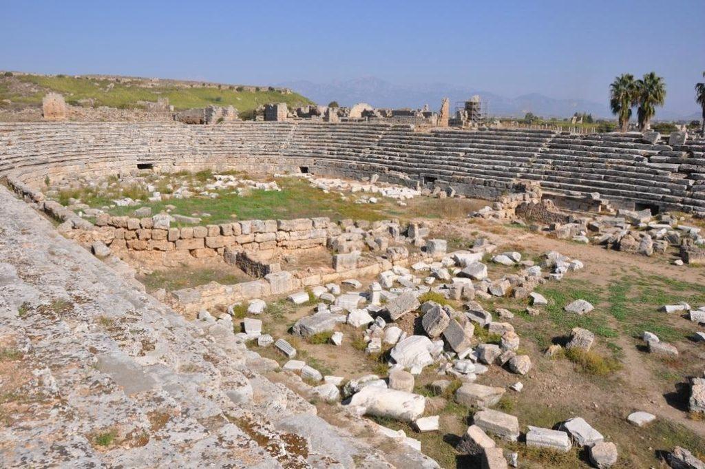 Турция, Руины стадиона города Перге
