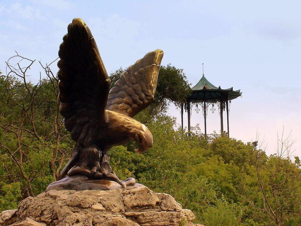 Орёл - символ города Пятигорска