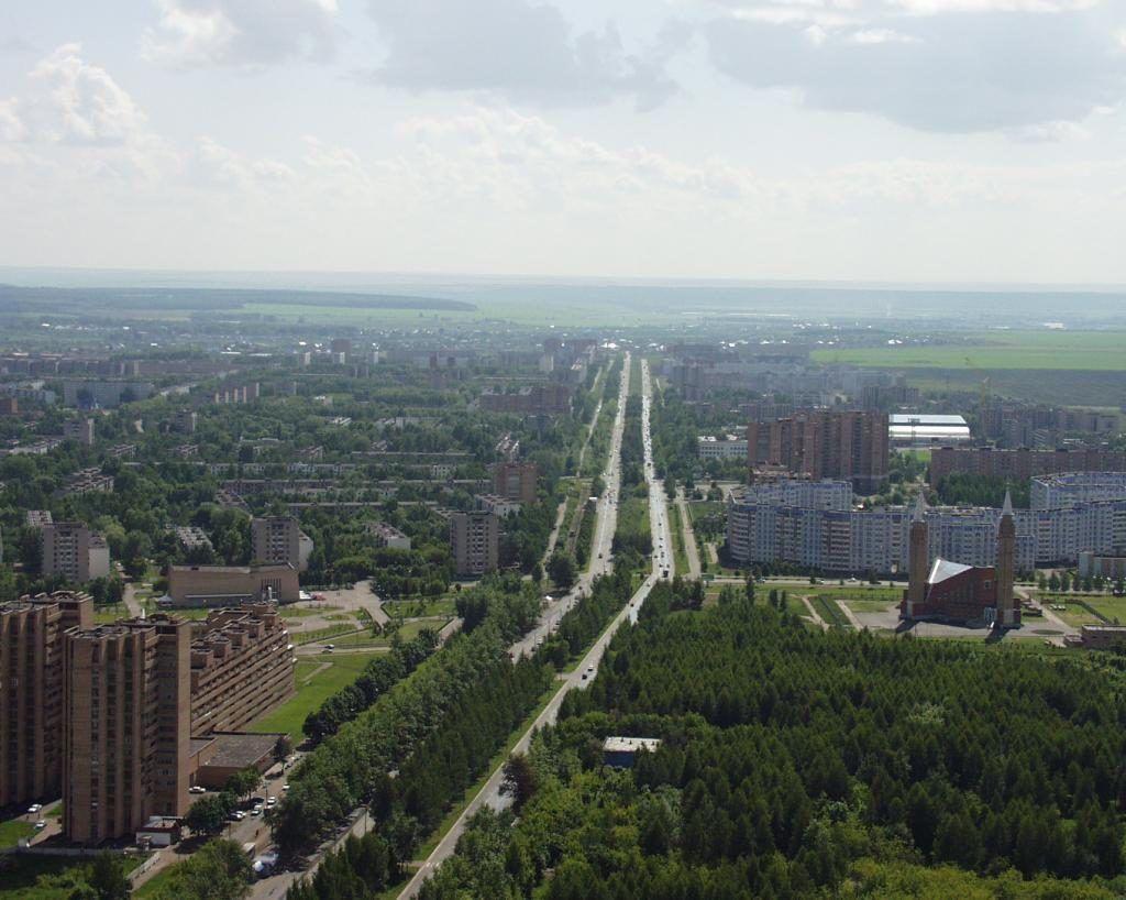 Проспект Химиков в Нижнекамске