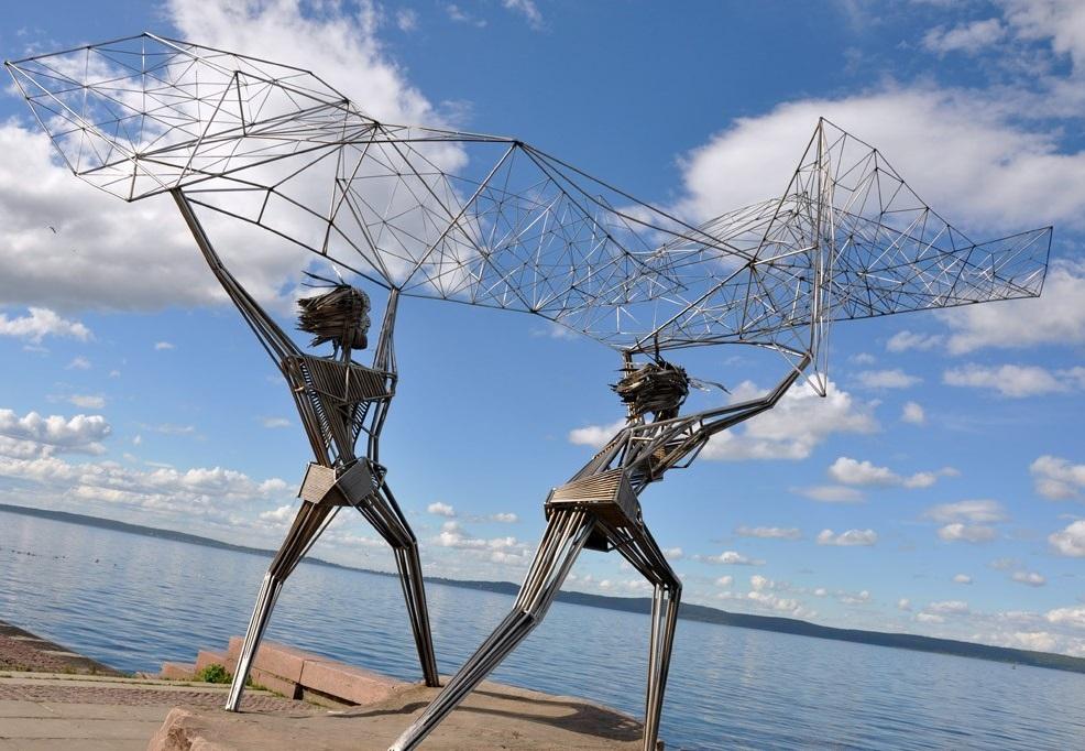 Памятник рыбакам в городе Петрозаводск
