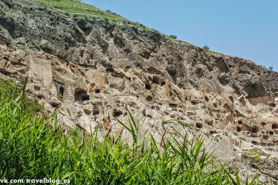 Пещерный город Вардзия – уникальный комплекс монастырей