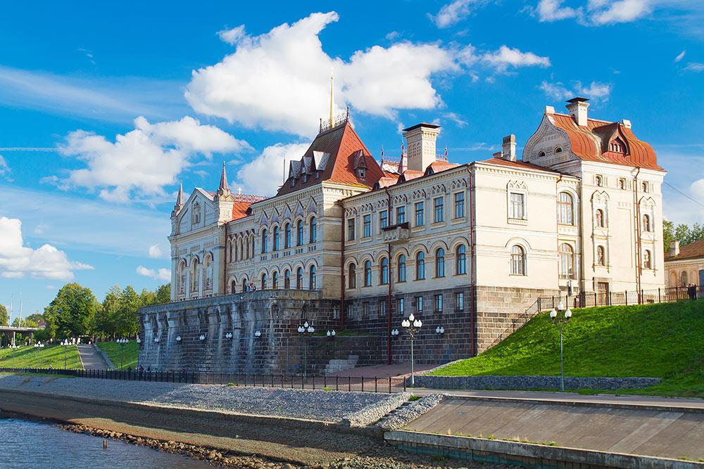 Здание Рыбинского государственного музея-заповедника