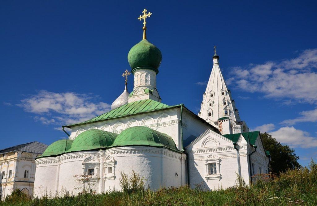 Свято-Троицкий Данилов мужской монастырь в Переславль-Залесском