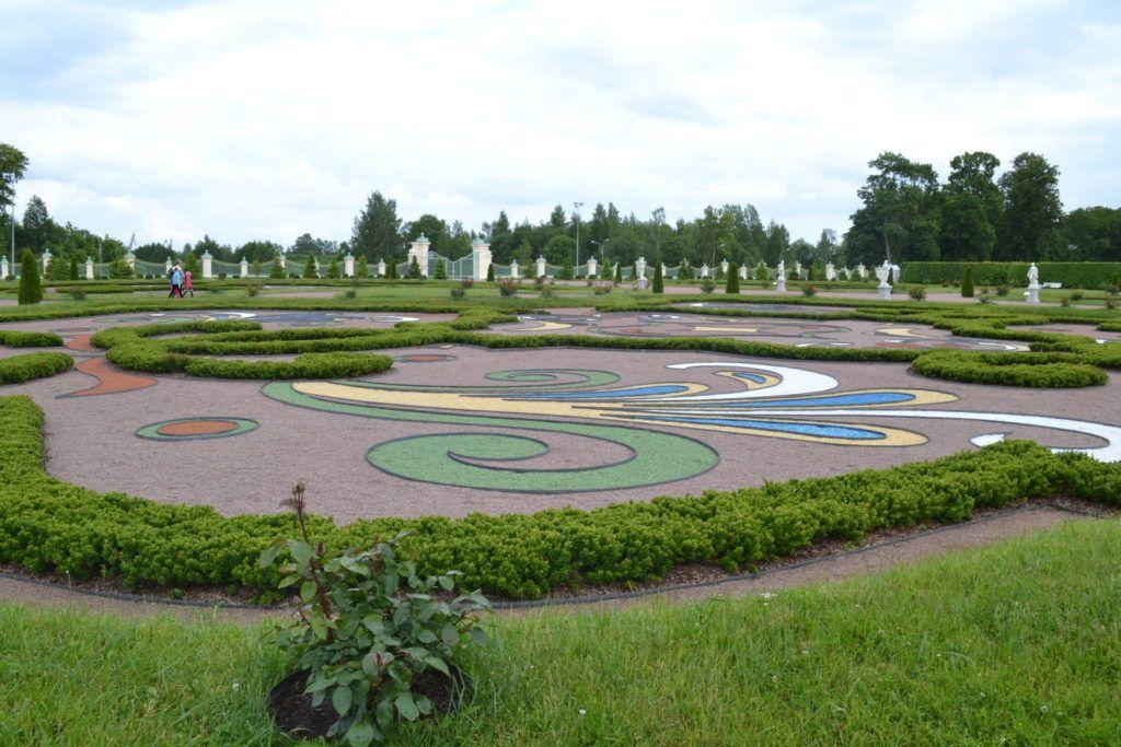 Верхний парк Меншиковского дворца